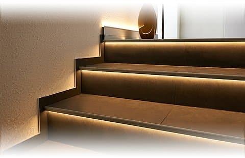 FLORENTOSTEP-LED FSTAE LED 110-T 250 CM TITAN